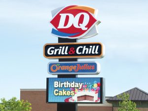 Pole Signs & Pylon Signs 0092 Dairy Queen Bendsen Sign Graphics W 19mm 80x176 Bloomington IL 101718 1 300x225